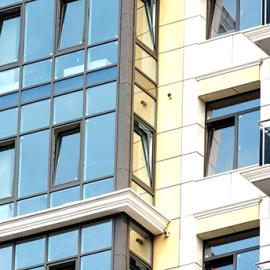 ЖК Волжская Ривьера Окна и фасады. Алюминиевая фасадная система Alutex F50. Цветные стеклопакеты.